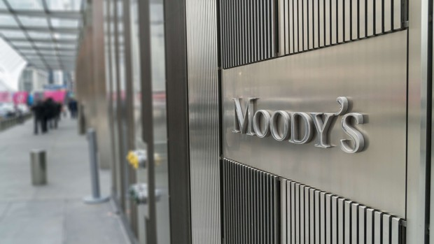 Les agences de notation se défendent d'aggraver la crise, Crédits