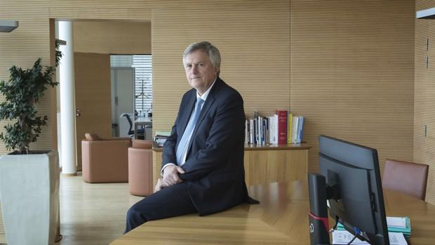 Rémy Weber quitte la direction de La Banque Postale, Direction Générale