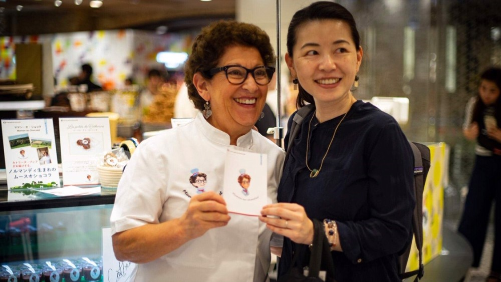 Catherine Bréard initie les Japonais à la mousse au chocolat, Success Story