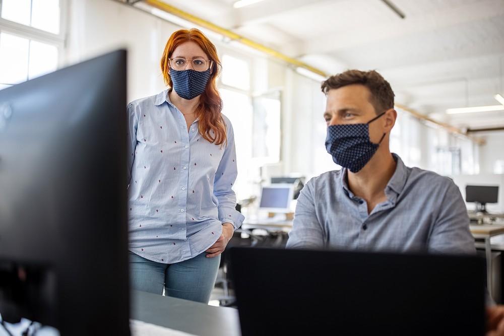 le port du masque renforcé en entreprise, Social et RH